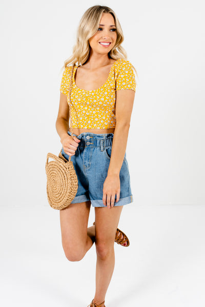 Women's Yellow High-Quality Stretchy Boutique Floral Crop Top