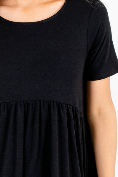 Women's Black Pleated Accented Boutique Tops