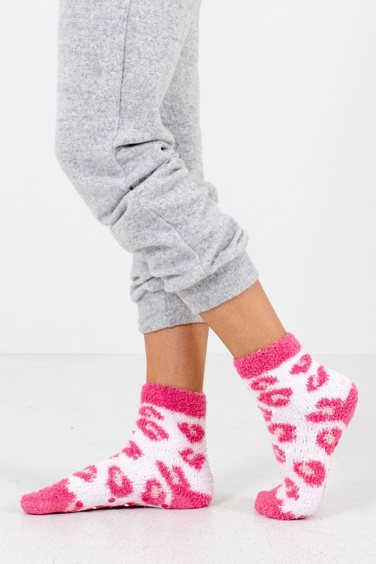 Pink Leopard Print Pattern Boutique Socks for Women