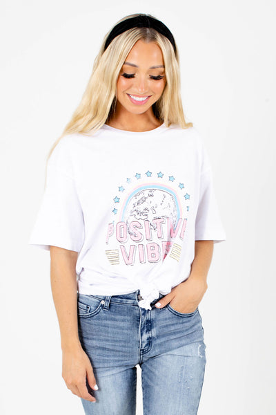"White ""Positive Vibes"" Lettering Boutique Graphic Tees for Women"