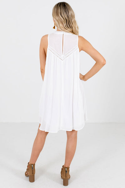 Women's White Lined Boutique Knee-Length Dress