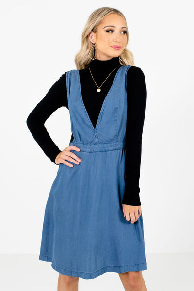 Women's Blue Deep V-Neckline Boutique Knee-Length Dress
