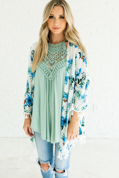 White and Blue Cute Floral Women's Boutique Kimono