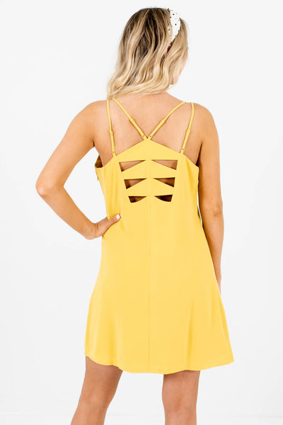 Women's Yellow Back Cutout Detailed Boutique Mini Dress