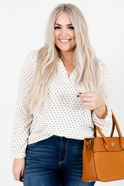 Women's Cream High-Low Hem Boutique Blouse