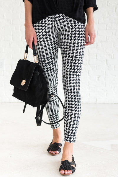 Black White Houndstooth Cute Soft Leggings for Fall and Winter
