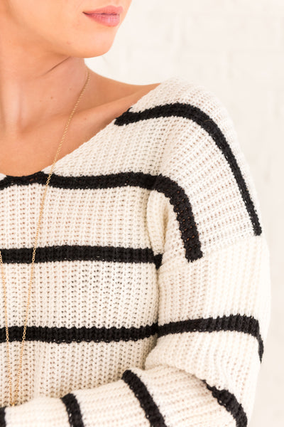 White with Black Stripes Knit Sweaters Infinity Knot Twisted Back