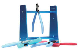 God Hand Nipper Stand - Model Kit Accessories