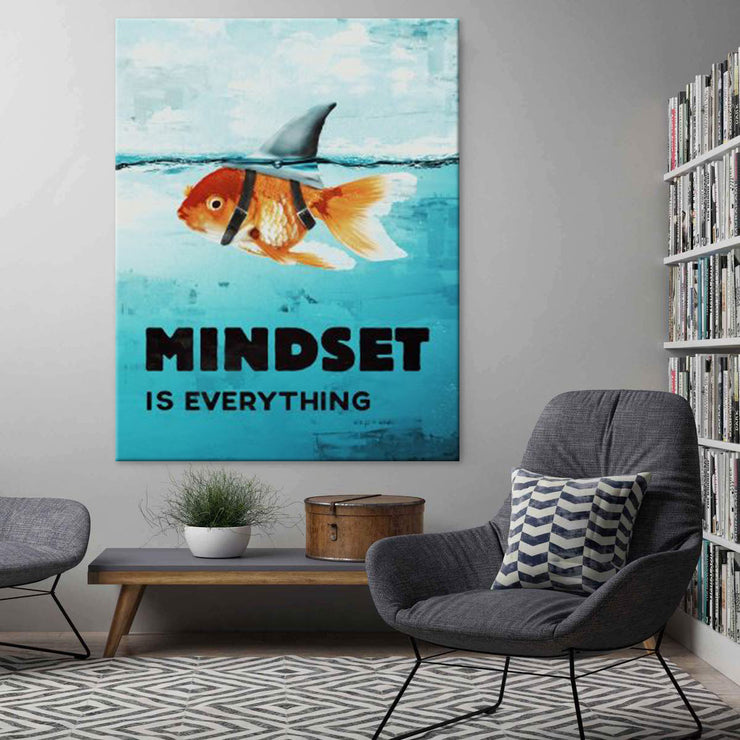 Wandbild für Büro & Home-Office MINDSET IS EVERYTHING #GOLDFISCH von DotComCanvas