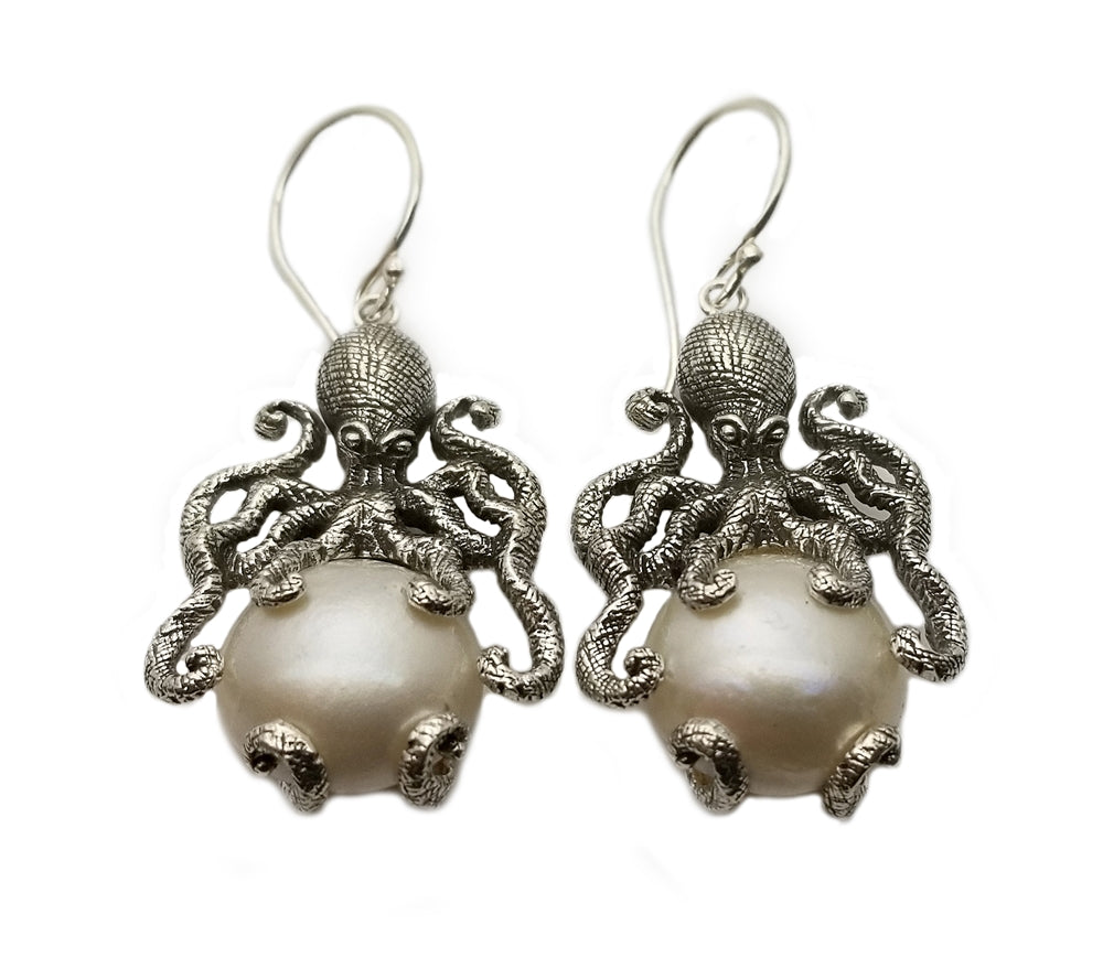 Sterling Silver Octopus Holding Mother Of Pearl