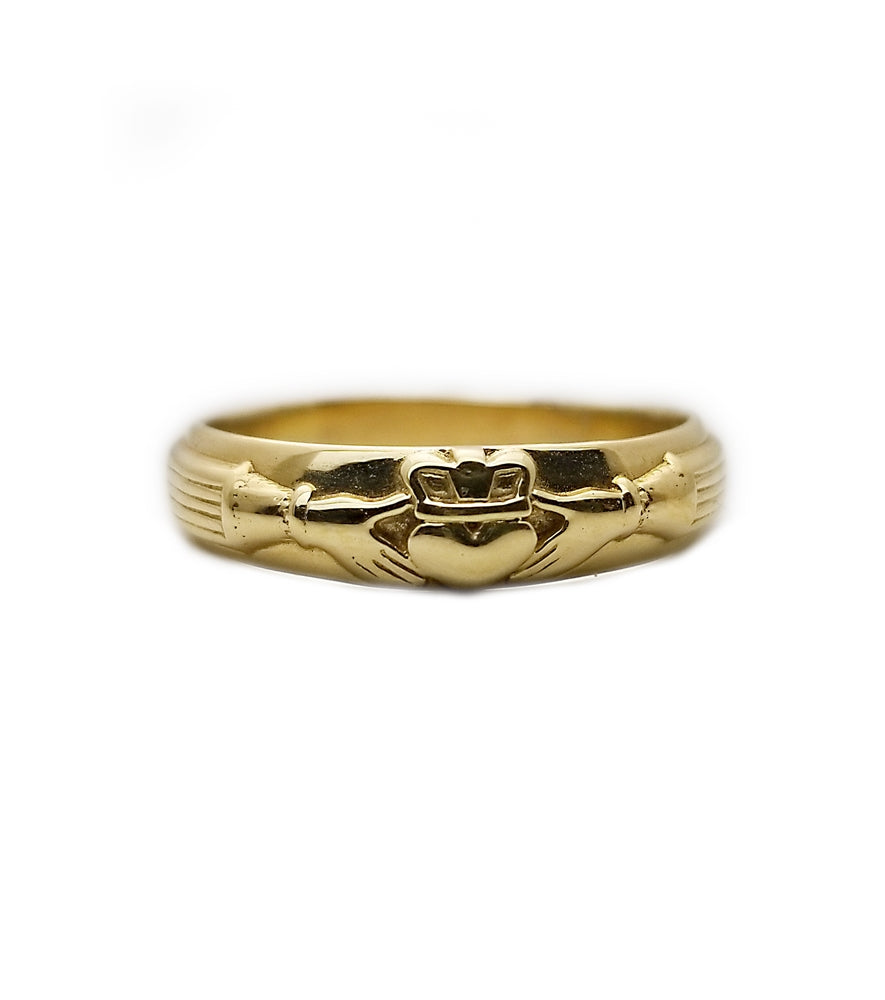 14k Claddaugh Wedding Band