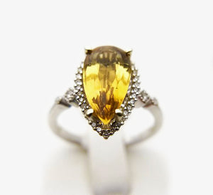 14k .13ctw Diamonds & Citrine Ring