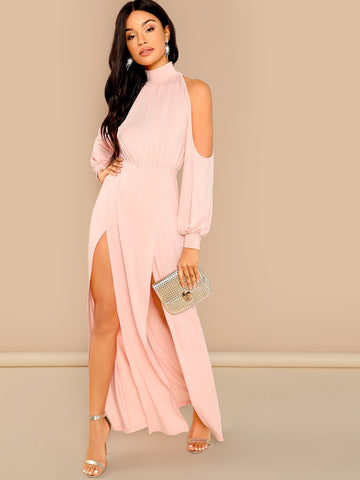 Robe Front Cold Shoulder Dress