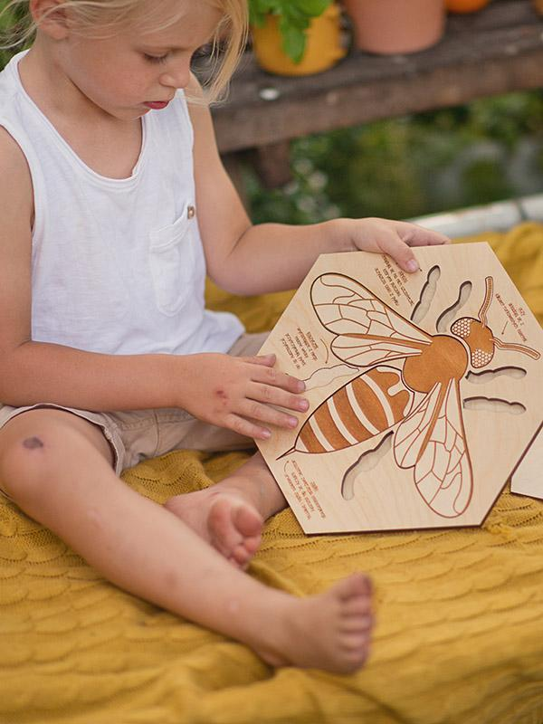 Worker Bee Wooden Puzzle - Moo Like a Monkey