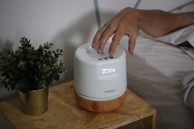 Moona bedside device