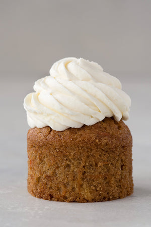 Load image into Gallery viewer, gluten free carrot cupcake