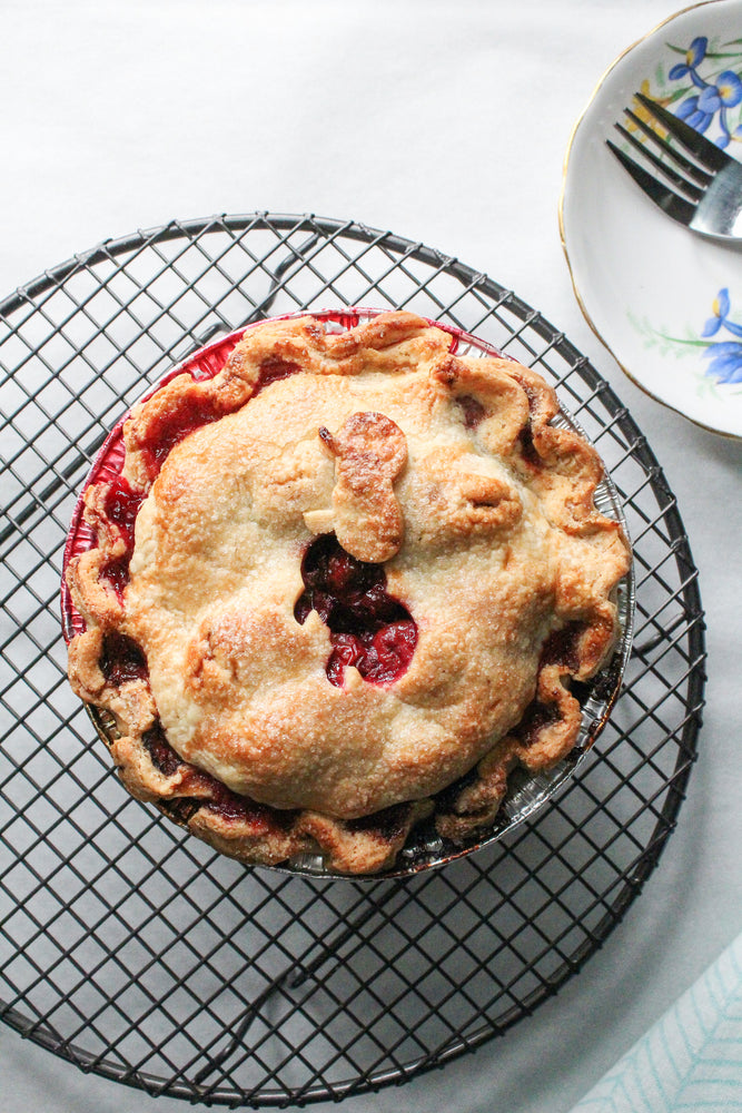 "Load image into Gallery viewer, 6"" Berry Pie"