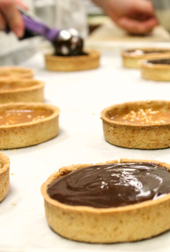 Load image into Gallery viewer, gluten free chocolate caramel tarts