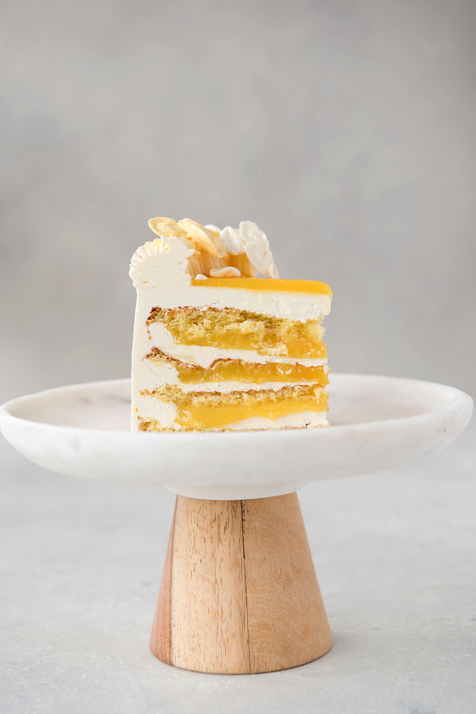 Load image into Gallery viewer, gluten free lemon cream spongecake