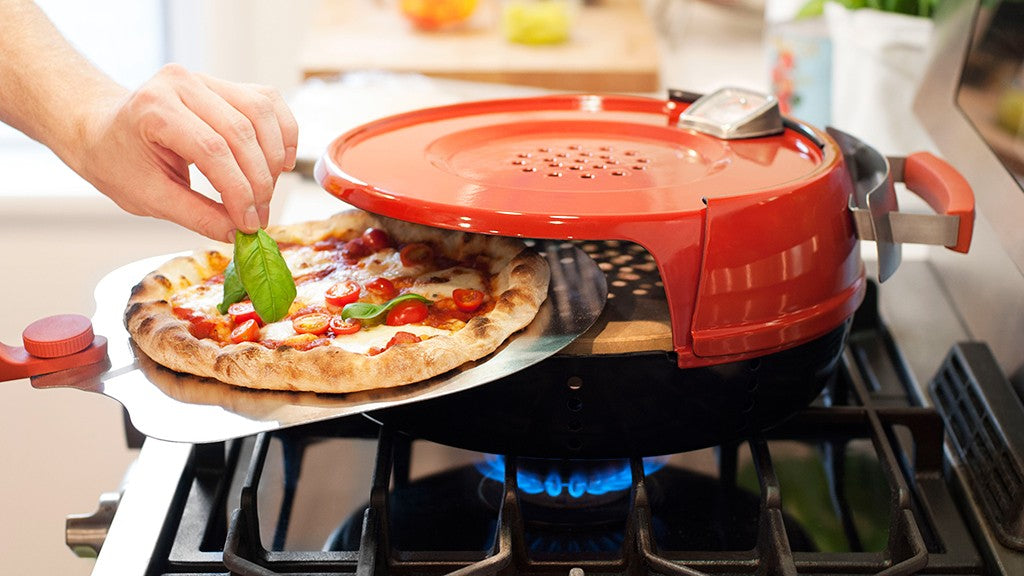Stovetop-Pizza-Oven-Lifestyle-1024