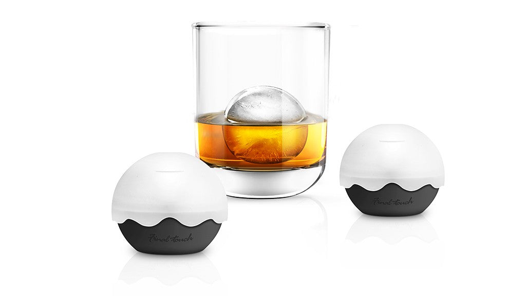 Final-Touch-Silicone-Ice-Balls-2-pack-lifestyle-1024