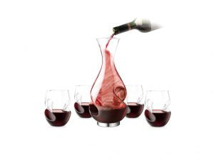 This decanter set provides superior aeration and delicious tasting wine.