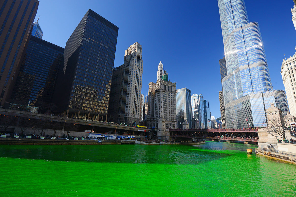 Chicago River Dyed Kelly Green For St Paddy's Day