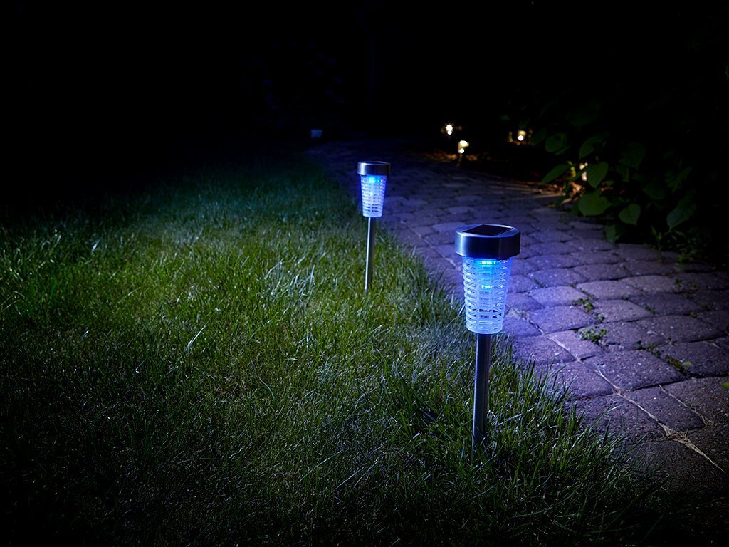 Solar Powered Bug Zapper image from BulbHead