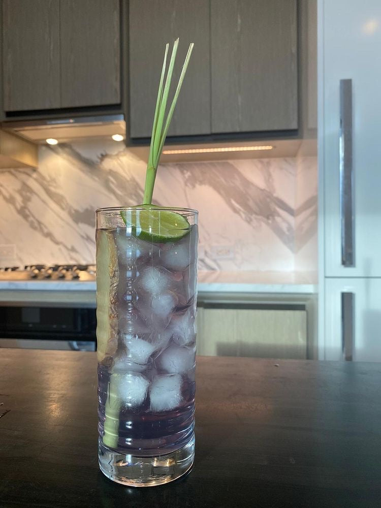 chef hong's butterfly pea flower + lemongrass tea