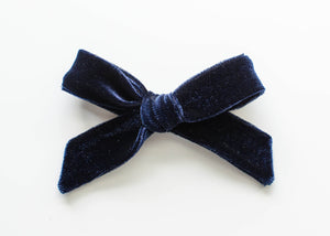 Midnight Velvet | Evie Bow