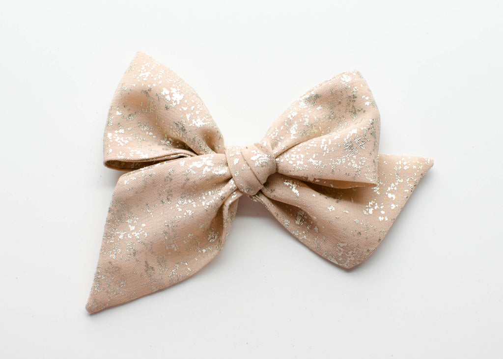 Crushed Gold in Blush | Emery Bow
