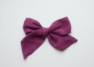 Double Gauze Emery Fabric Hair Bow in Maroon