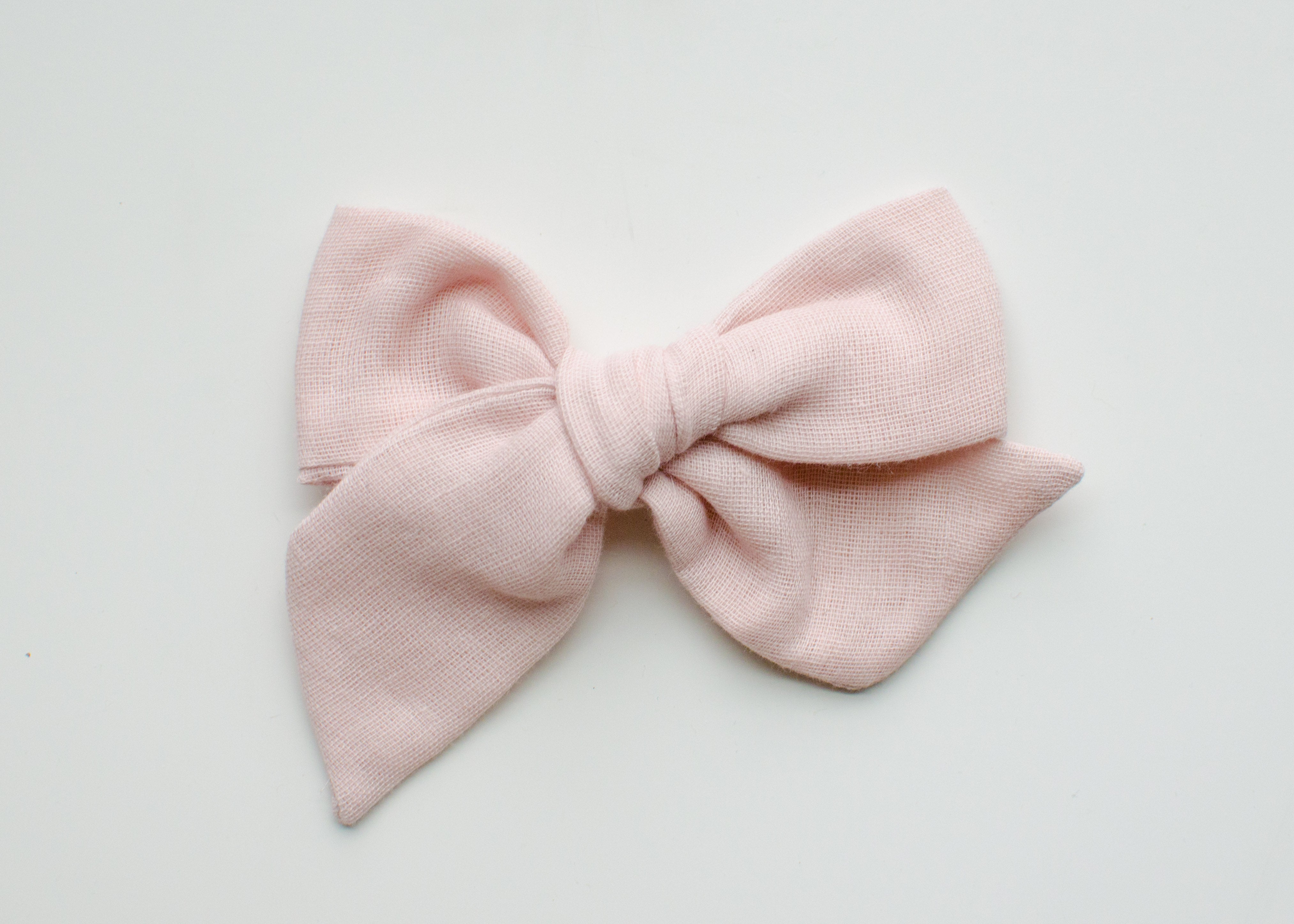 Saloo Gauze Emery Fabric Hair Bow in Blush