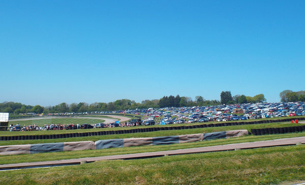 Beautiful day at Lydden Car Show
