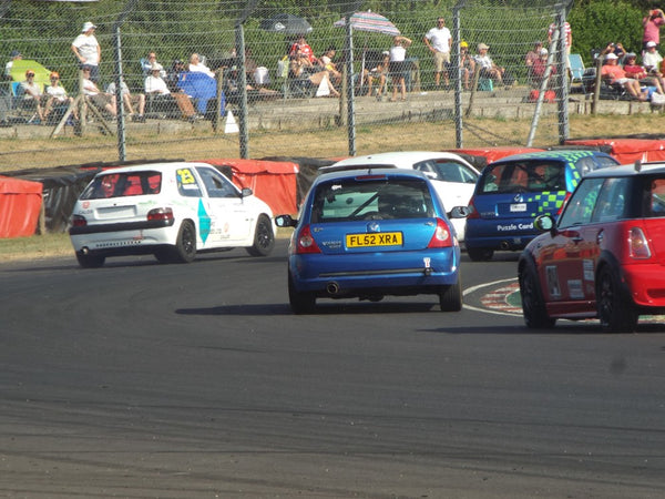 Hatch Clio and Mini Series at Castlecombe