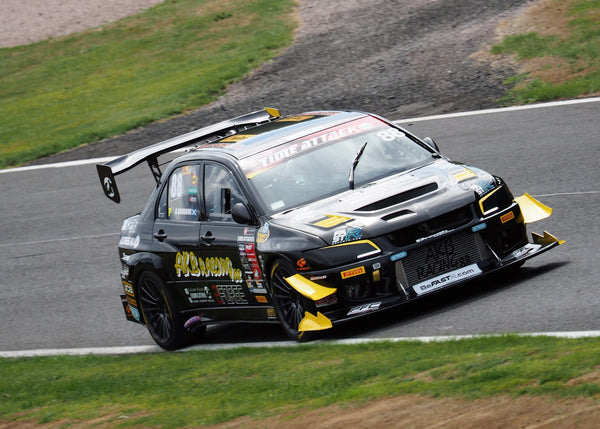 AKB Racing Mitsubishi Evo IX on track at Oulton Park Time Attack