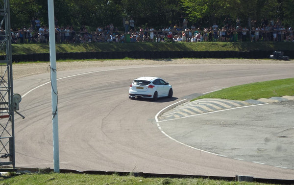 Whiteline 2013 Ford Focus ST on track at Lydden Car Show