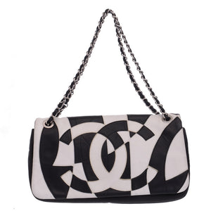 Black & White Patchwork Accordion Flapped Shoulder Bag