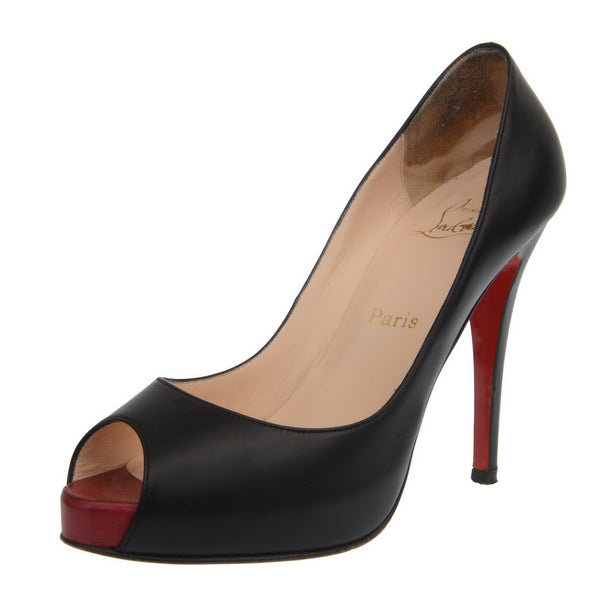 Black Very Prive Leather Peep Toe Pumps