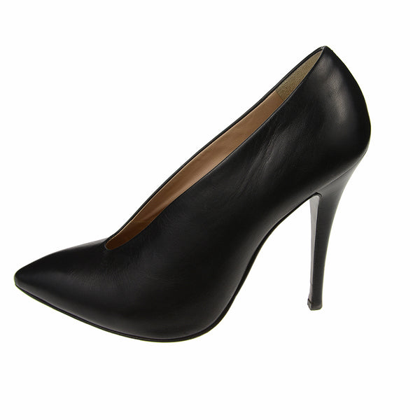 Black Leather Vamp Pumps