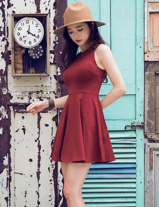 Fashion Sexy Round Neck Slim Sleeveless Mini Dress