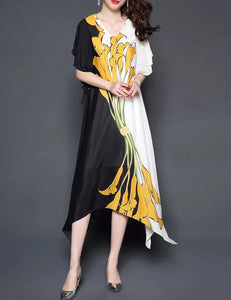 Plus Size Black and White Contrast Color Floral Silk Loose Maxi Dress