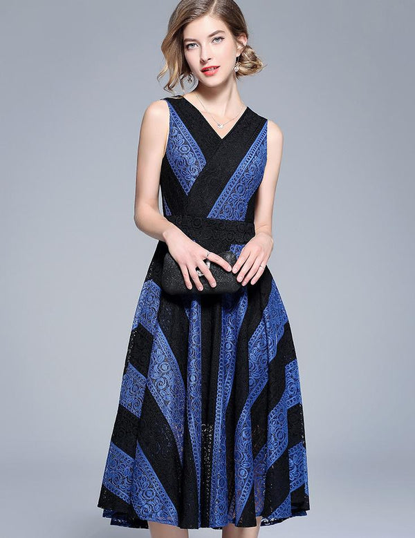 A-Line Sexy V-Neck Sleeveless Contrast Stripe Lace Panel Midi Dress
