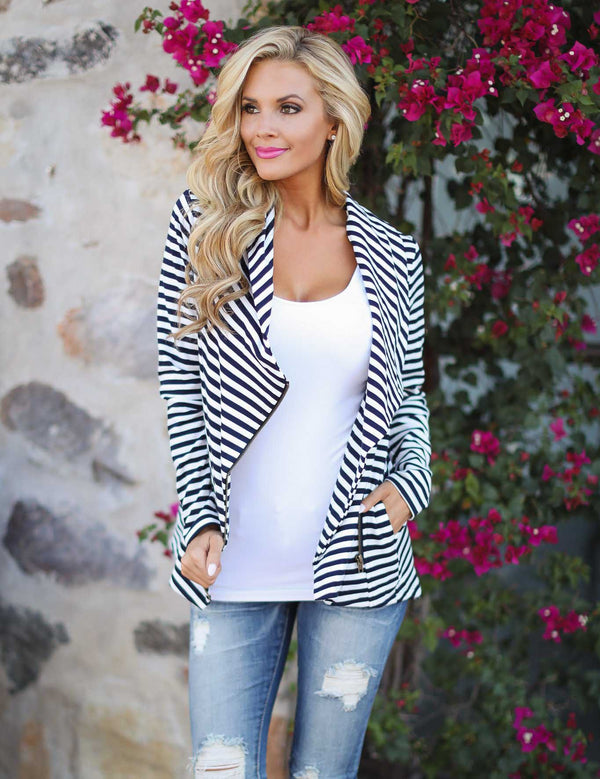 Women Long Sleeve Turn Down Collar Zipper Detail Striped Jacket