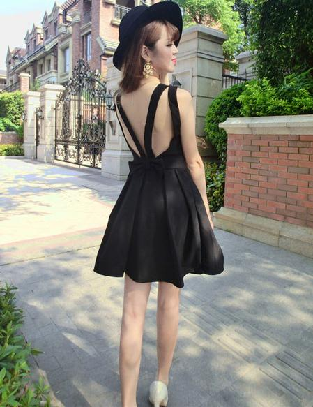 A-Line Sexy V-Neck Crossed Open Back Bow Mini Dress