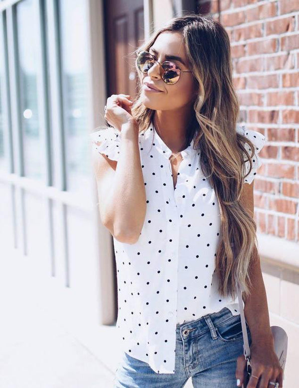 ruffled short-sleeved shirt
