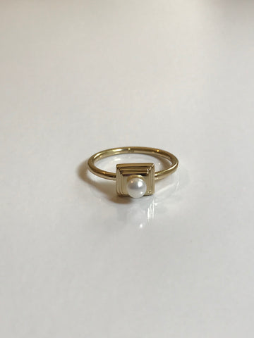High Pearl Ring - Jodie Guirey
