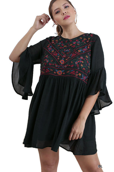 Floral Embroidered Keyhole Dress, Black