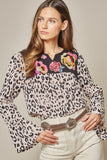 savanna jane / andree by unit leopard bell sleeve top