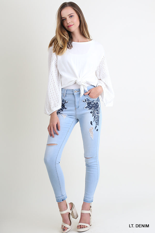 Floral Embroidered Distressed Skinny Jeans